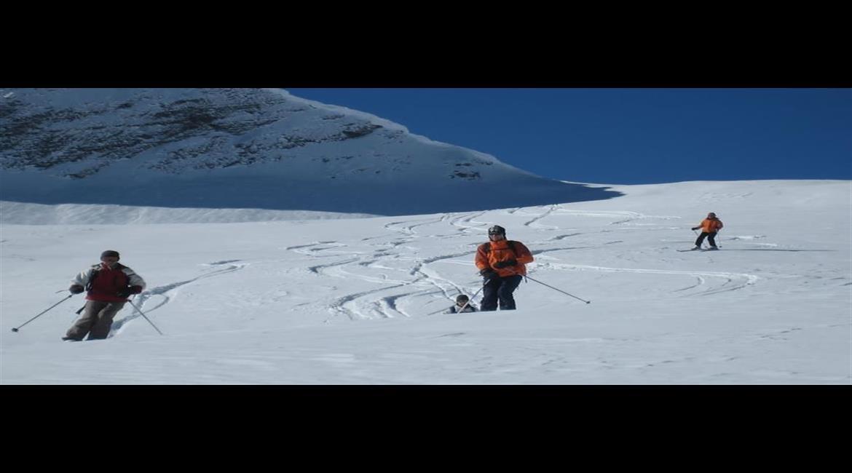 CONSEIL : Prendre en compte le facteur neige en randonnée hivernale
